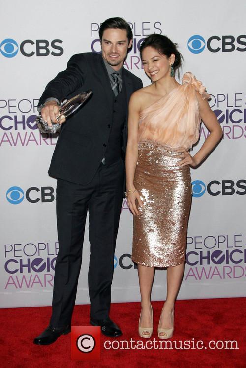 Kristin Kreuk and Jay Ryan 3
