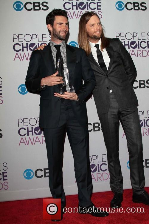 Adam Levine, James Valentine and Annual People's Choice Awards 3
