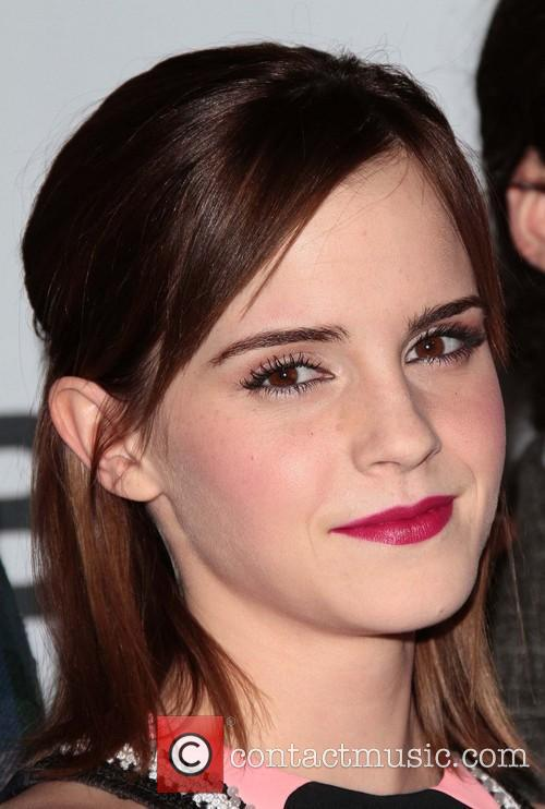 Emma Watson and Annual People's Choice Awards 8