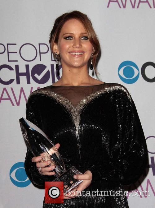 Jennifer Lawrence and Annual People's Choice Awards 11