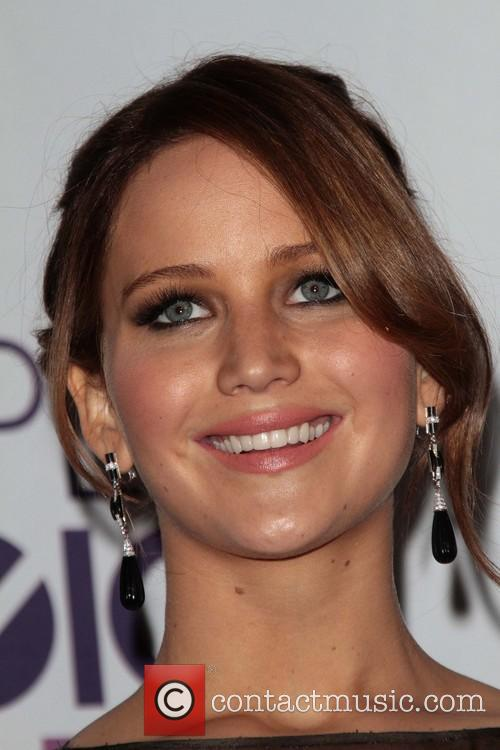 Jennifer Lawrence and Annual People's Choice Awards 5