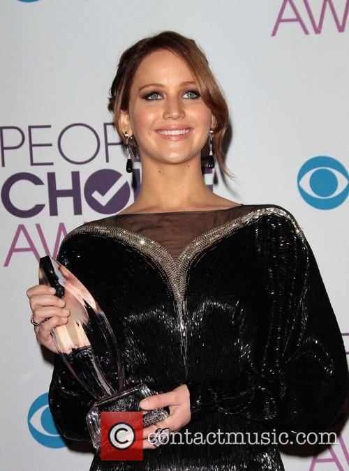 Jennifer Lawrence and Annual People's Choice Awards 8