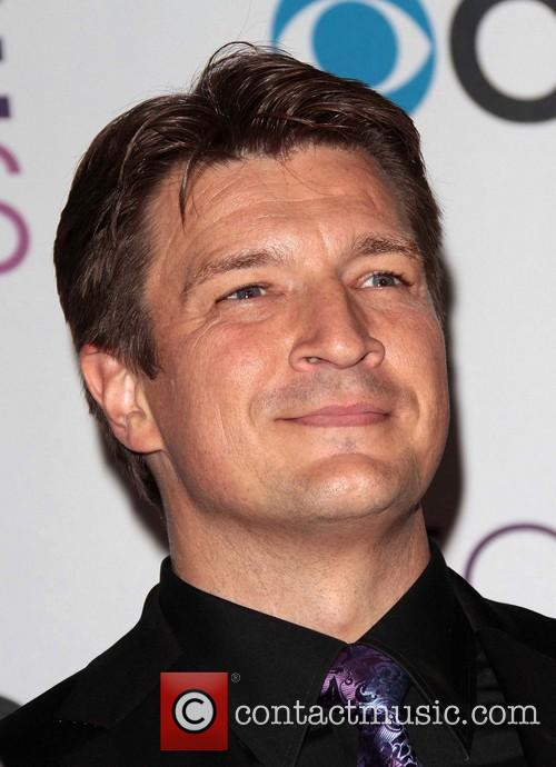 nathan fillion 39th annual peoples choice awards 20049775