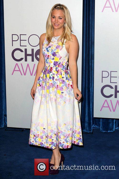 Kaley Cuoco and People's Choice Awards 4