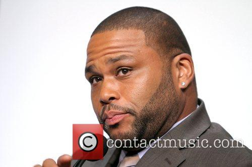 Anthony Anderson  attends the 2013 People's Choice...