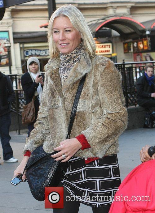 Denise van Outen Celebrity Gala Opening of Peppa...