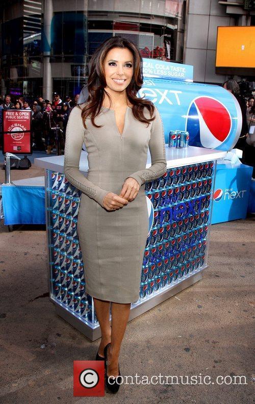 Eva Longoria and Times Square 3