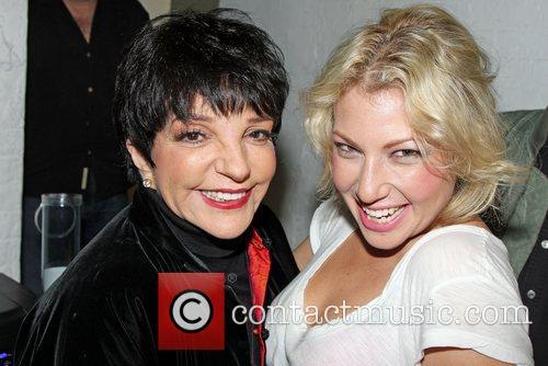 Liza Minnelli and Ari Graynor 2