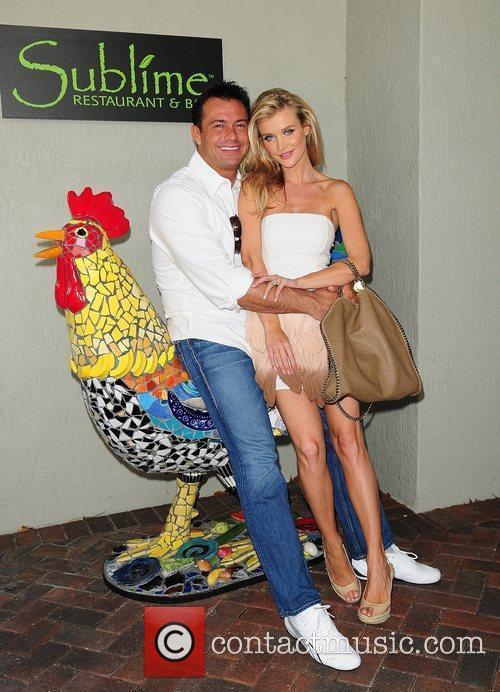 Joanna Krupa and Romain Zago 6
