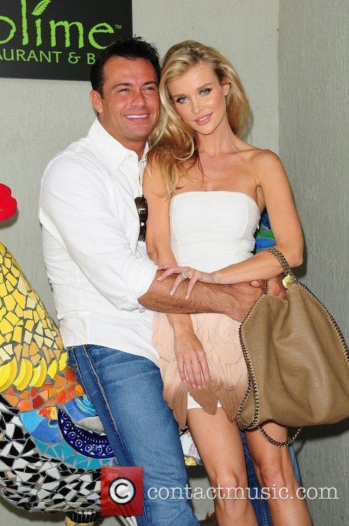 Joanna Krupa and Romain Zago 8