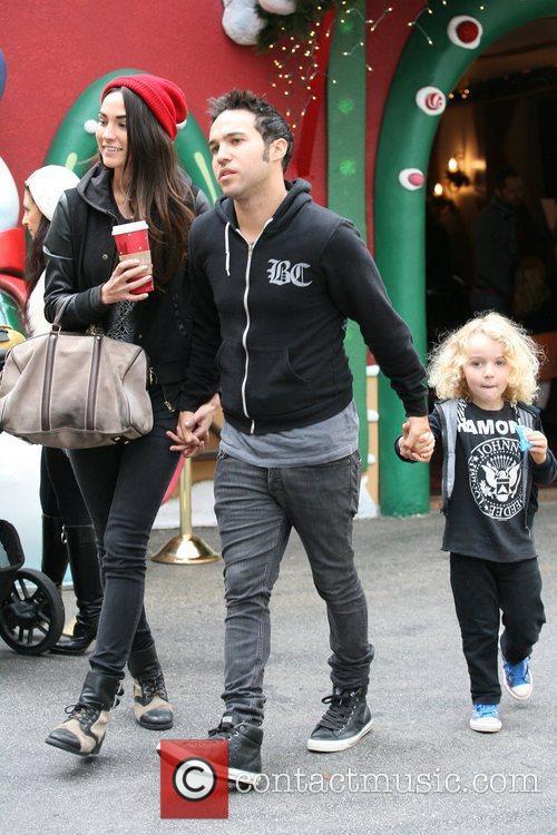 Takes his son Bronx Mowgli Wentz and girlfriend...