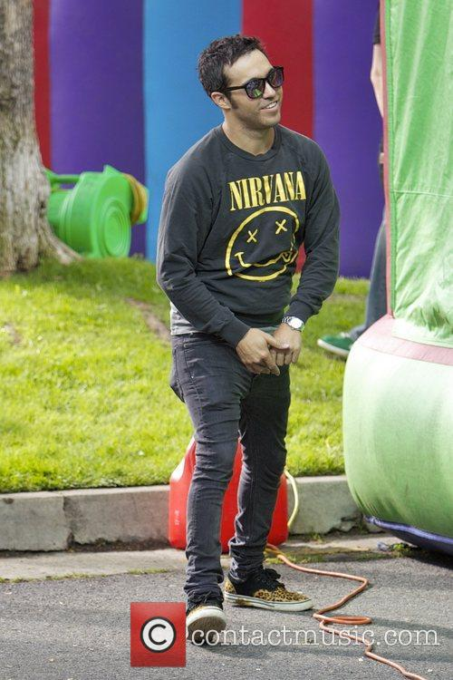 Pete Wentz and Bronx Wentz 11