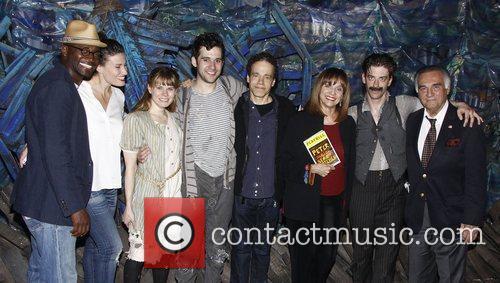 Taye Diggs, Christian Borle, Idina Menzel, Tony Lo Bianco and Valerie Harper