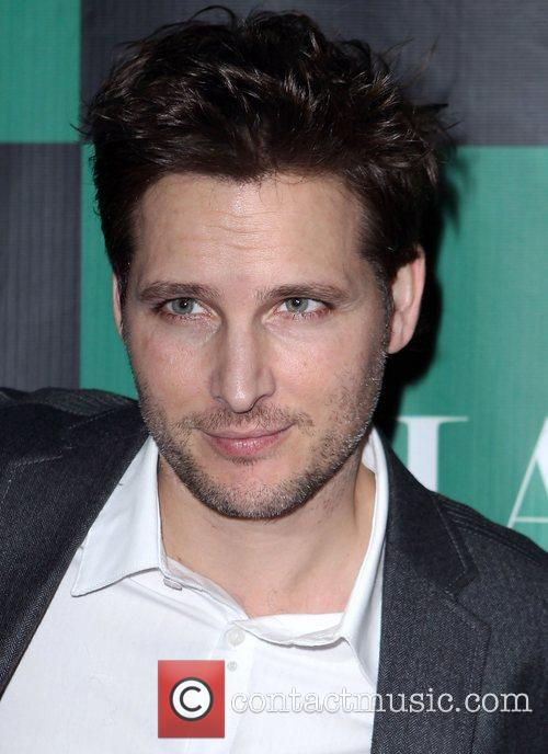 peter facinelli twilight sagas peter facinelli hosts 3705895