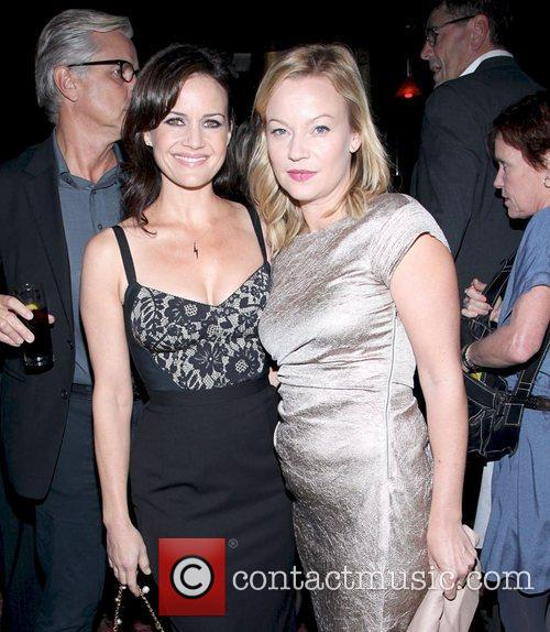 Samantha Mathis and Carla Gugino 4