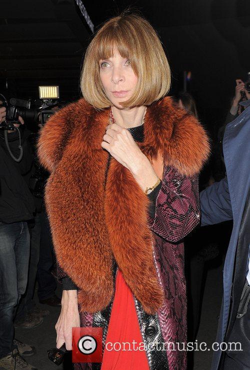 Anna Wintour Paris Fashion Week Autumn/Winter 2012 -...