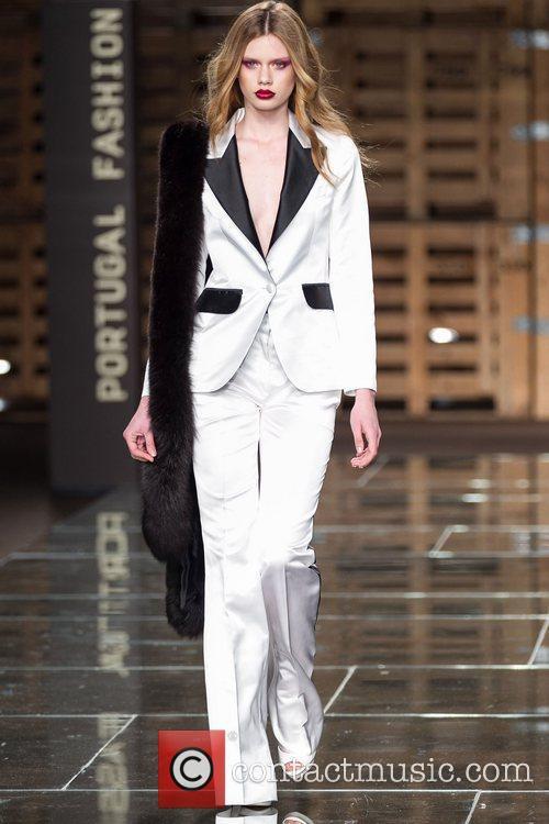 Portugal Fashion Week - Fall/Winter 2012 - Diogo...