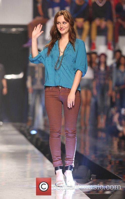 Philippine Fashion Week - Penshoppe - Catwalk