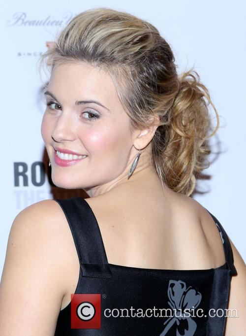 maggie grace opening night of picnic at 20059020