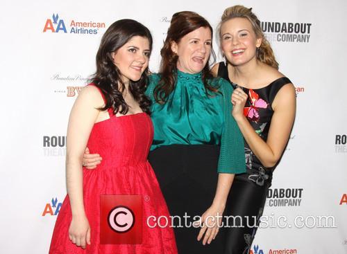 Madeleine Martin, Mare Winningham and Maggie Grace 2