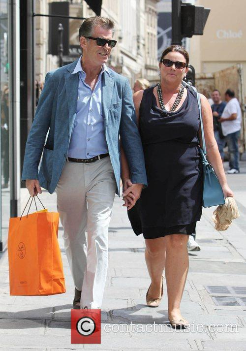 Pierce Brosnan and Keely Shaye Smith 7