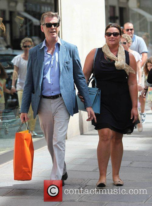 Pierce Brosnan and Keely Shaye Smith 9