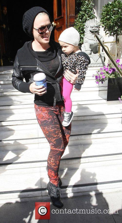 Pink and Alecia Moore 5