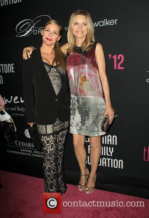 Dedee Pfeiffer and Michelle Pfeiffer 3