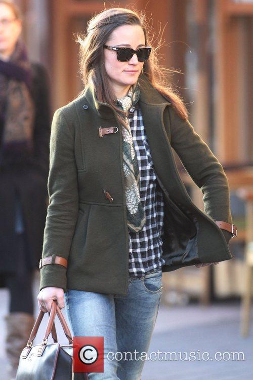 Pippa Middleton  makes her way to work...