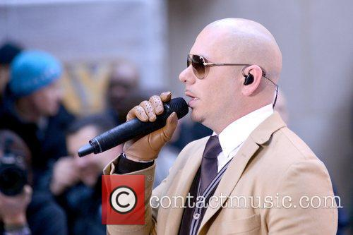 Pitbull, Today and Rockefeller Center 20