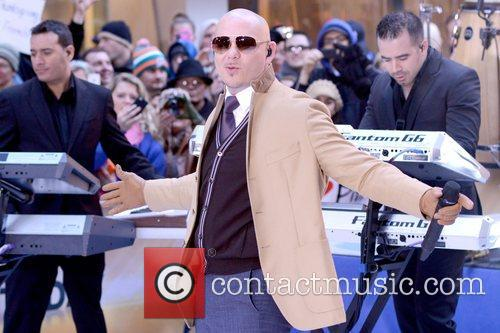 Pitbull, Today and Rockefeller Center 21