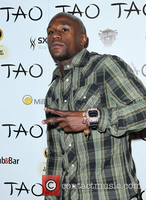 Floyd Mayweather Jr. and Tao Nightclub 2