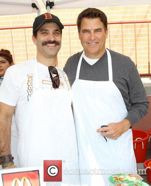 Johnathon Schaech and Ted Mcginley 1