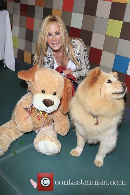 Joan Van Ark and Goldie 1