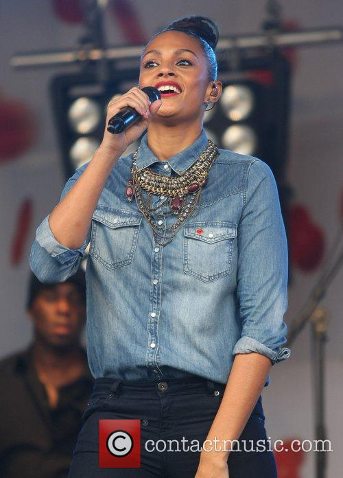 Alesha Dixon and Trafalgar Square 8