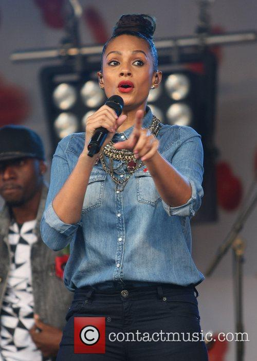 Alesha Dixon and Trafalgar Square 9