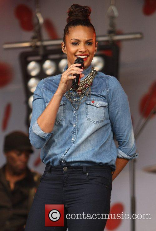 Alesha Dixon and Trafalgar Square 11