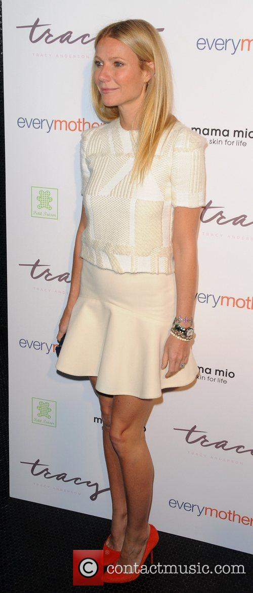 Gwyneth Paltrow The Tracy Anderson Method Pregnancy Project...
