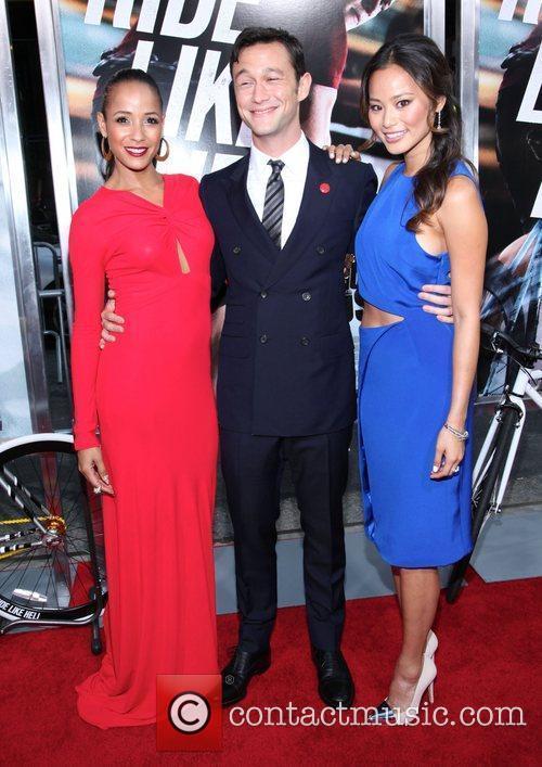 Dania Ramirez, Jamie Chung and Joseph Gordon-levitt 4