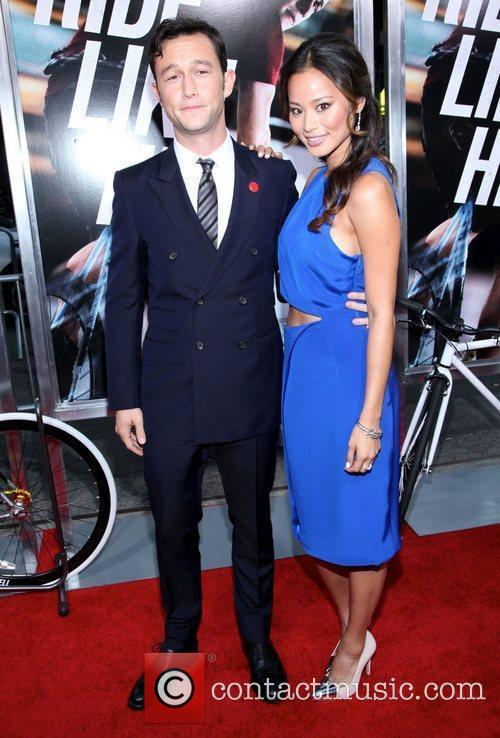Joseph Gordon-levitt and Jamie Chung 2