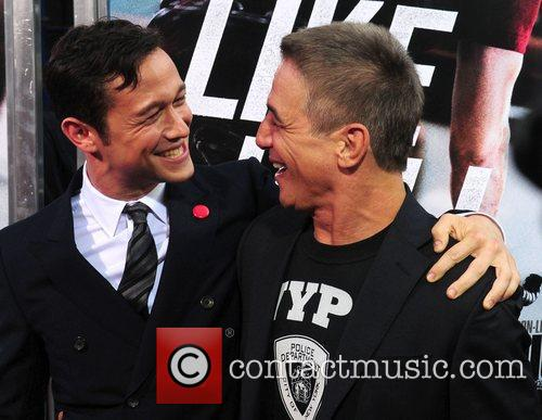 Joseph Gordon-levitt and Tony Danza 6