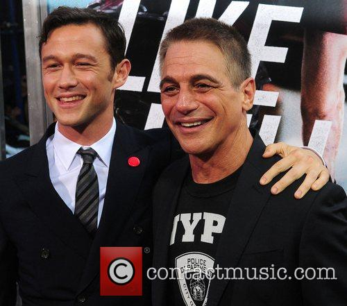 Joseph Gordon-levitt and Tony Danza 7