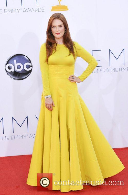 julianne moore 64th annual primetime emmy awards 4095592