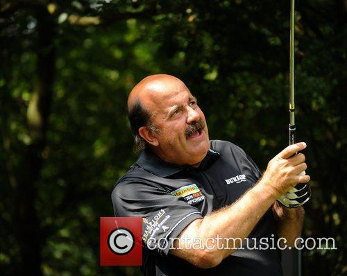 Willie Thorne Farmfoods British Par Three Pro AM...