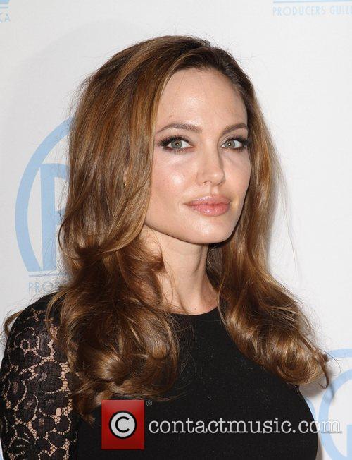 Angelina Jolie 12