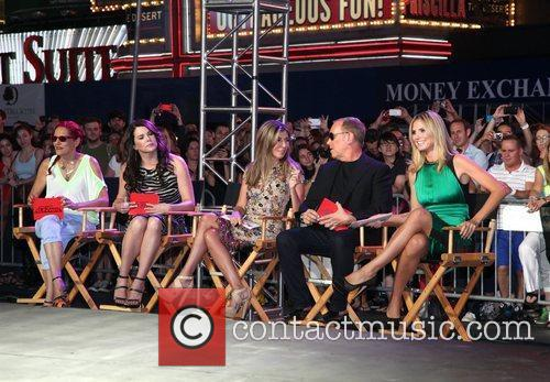 Patricia Field, Heidi Klum, Lauren Graham, Michael Kors and Nina Garcia 3