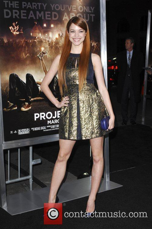 Alexis Knapp and Grauman's Chinese Theatre 4