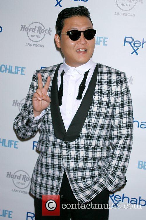 Rapper Psy and Park Jae-sang 6