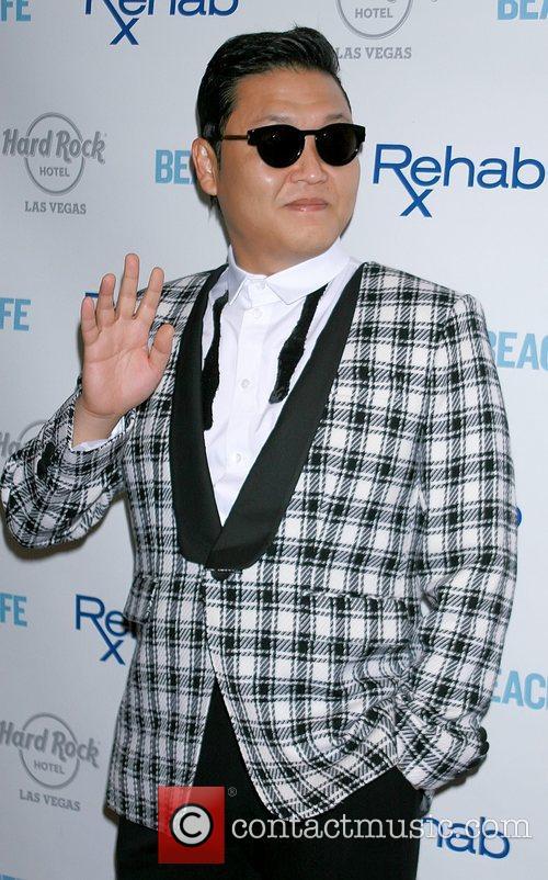 Rapper Psy and Park Jae-sang 7
