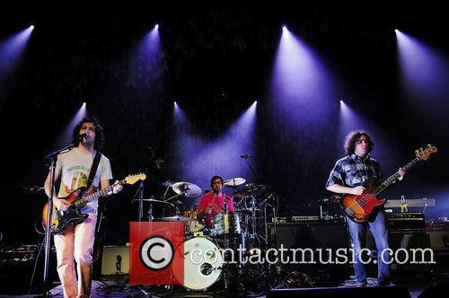 Performs at Fillmore Miami Beach at Jackie Gleason...